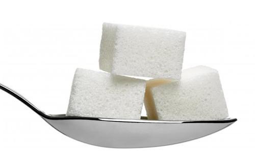 3 kocke sladkorja