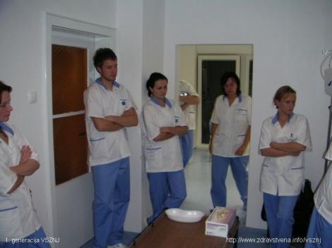vsznj-studenti-vaje-oktober-2007-3.jpg